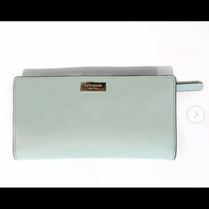 Kate Spade wallet like new baby blue